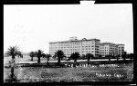 Exterior view of the hospital of the Veterans Hospital on Wilshire Boulevard in Brentwood, ca.1930