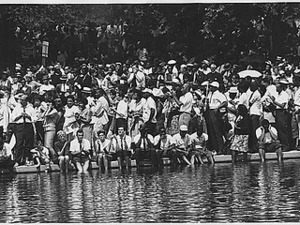 Civil Rights March on Washington, D.C. [Marchers at the Reflecting Pool], 08/28/1963