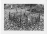 Alexandria Cemeteries Historic District: fenced plot