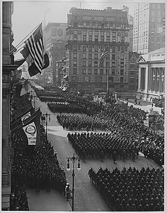 Overseas men welcomed home. Parade in honor of returned fighters passing the Public Library, New Y...