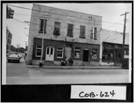 Photograph of merchants' area, Marietta, Cobb County, Georgia, 1971 Oct.