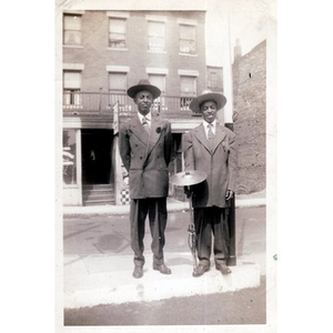 Michael E. Haynes and Roy Haynes pose together.