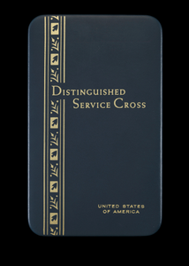 Distinguished Service Cross presentation case issued to Lewis Broadus