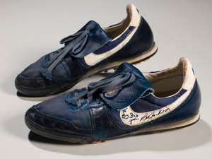 Shoes worn and signed by Bo Jackson