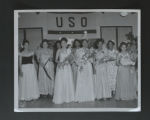 Photographs. Volunteers, undated. (Box 151-AV, Folder 4)