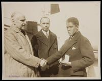 Walter Damrosch and James Weldon Johnson presenting Roland Hayes with the Spingarn Medal