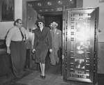 """Brenda Allen exits vaults, """"Vice Queen"""" pandering trial"""