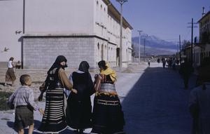 Albanian women in Titograd