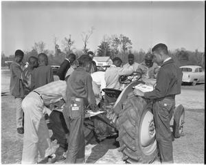 1954 Negro tractor maintenance school.