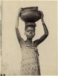 Negerinnen v. d. Goldküste Negro women from the Gold Coast
