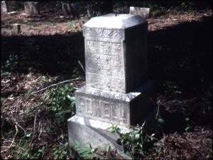 Grave of Annie Mae Powell, Marshall