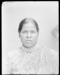 Front view woman 1904