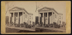 Freedmen and teachers in front of the Beaufort Library