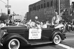 Supervisor Kenneth Hahn at Easter parade, Los Angeles, 1986