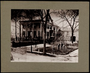 Newton photographs oversize : Allen House : 35 Webster Street / [compiled by the staff of the Newton Free Library]. - Allen House : 35 Webster Street - Exterior View of Allen House and Barn with Students and Teachers