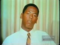 BLACK STUDENTS URGE FELLOW BLACKS TO FOLLOW KING'S DOCTRINE OF NON- VIOLENCE