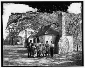 [The Whole black family at the Hermitage, Savannah, Ga.]