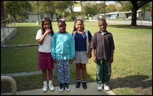 [Four Gates Elementary Students Outside] San Antonio Chapter of Links Records