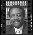 Attorney Johnnie L. Cochran, portrait, 1986