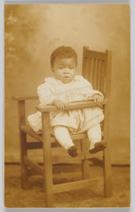 Photographic postcard of an infant
