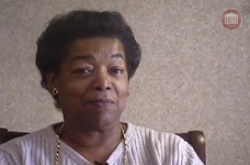 Oral history interview with Helen Singleton, 2001