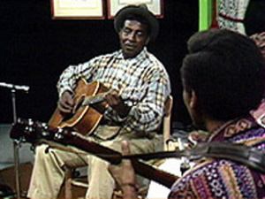 "Larry Johnson and Jack Jackson perform ""John Henry"""