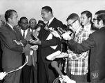 Leon Sullivan and Richard Nixon