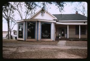 Helen's Barbershop