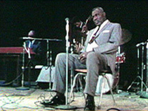 Thumbnail for Howlin' Wolf in concert