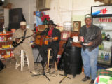 Holly Ridge Cemetery: musicans performing in Holly Ridge Store