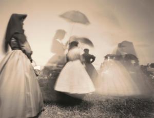 Second Manassas--Women and Parasols