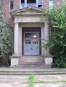 [Photograph of R. L. Smith School]