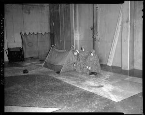CEMEL, equipment, tent, mountain (in rain court)