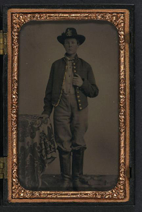[Unidentified young soldier in Union uniform and Hardee hat with plume]