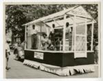 "Photo of ""Berry O'Kelly Group""'s Parade Float"