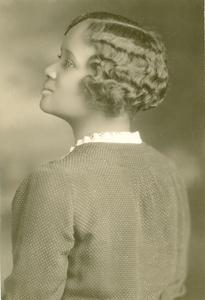 Zephyr Lena Holman