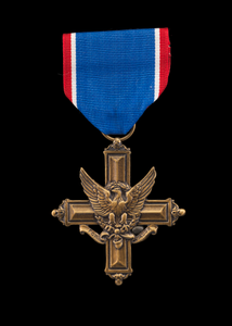 Distinguished Service Cross and ribbon issued to Lewis Broadus