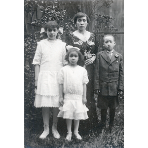 Family portrait, Florence Glover and children