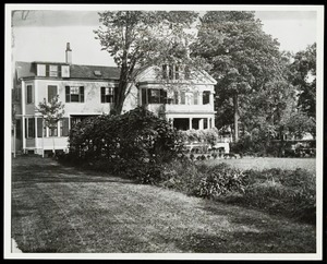 Newton photographs oversize : Allen House : 35 Webster Street / [compiled by the staff of the Newton Free Library]. - Allen House : 35 Webster Street - Exterior and Grounds of Allen House