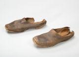 Slave shoes