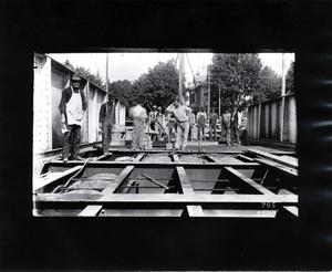 Boston and Albany Railroad workers on Richardson Street, Newton, Mass., ca. 1904
