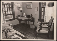 Interior of Five Acres: Bedroom and James' withdrawal room