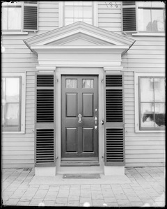 Salem, 25 Federal Street, exterior detail, door, Chase house