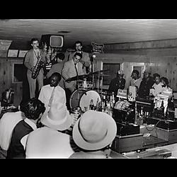 Band playing at bar on Liberty Avenue